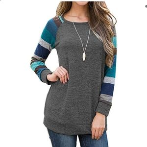 Auselily NWT striped sleeve tunic sweater